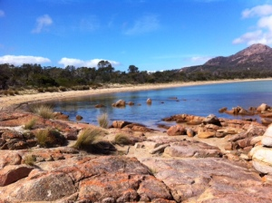 Honeymoon Bay pink rocks